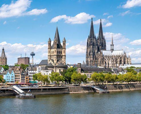Dom und Rathaus von Köln